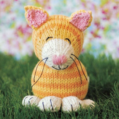 Aran Cushion Cover Knitting Patterns : More Cats to Knit   25 free patterns   Grandmothers Pattern Book
