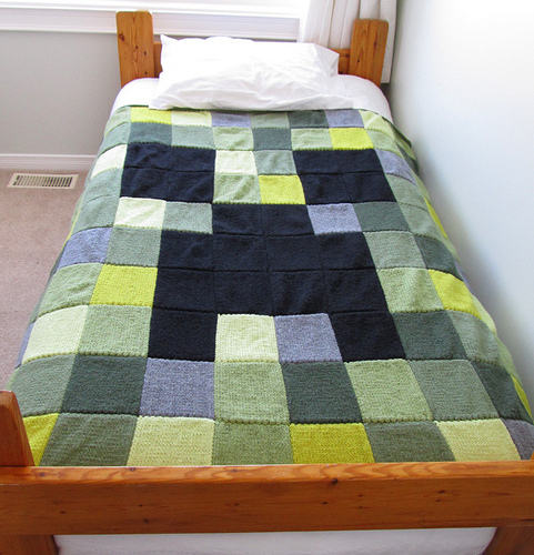 Minecraft Crochet Afghan Pattern Free : Minecraft! ? free patterns to knit and crochet ...