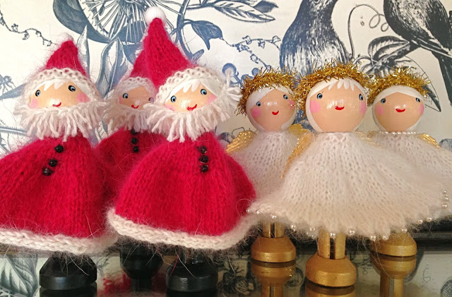 Knit Christmas Dolls And Bears Free Patterns