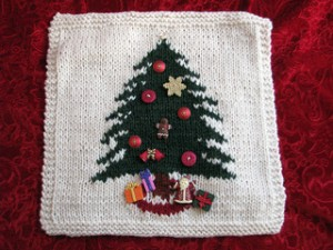 Christmas Afghan Knitting Patterns : One Dozen More Christmas Afghans to Knit   free patterns   Grandmothers ...