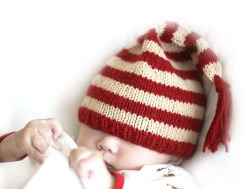 Free Christmas Knitting Patterns For Babies : Knitting for Baby s First Christmas   free patterns   Grandmothers Patte...