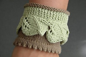 Leaf_Lace_Cuff_Detail_small2