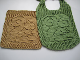 Squirrels to Knit for Fall   free patterns   Grandmothers Pattern Book