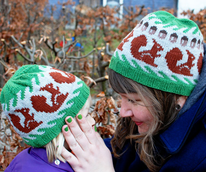 Squirrels To Knit For Fall Free Patterns Grandmother S