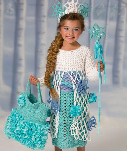 Free Crochet Pattern Elsa Cape : Frozen Inspired ? Patterns to Crochet ? free ? Grandmother ...