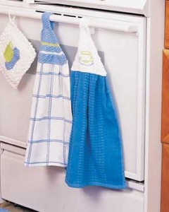 Complimentary-Knit-Towel-Hangers