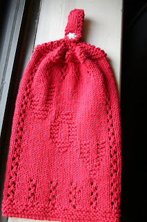 Knit Towels And Towel Toppers For Your Autumn Kitchen