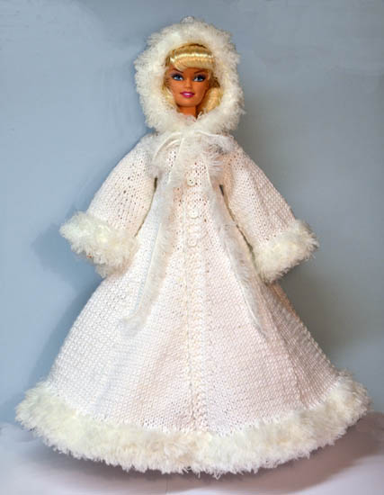 Fashion Doll Christmas Knits   free patterns   Grandmothers Pattern Book