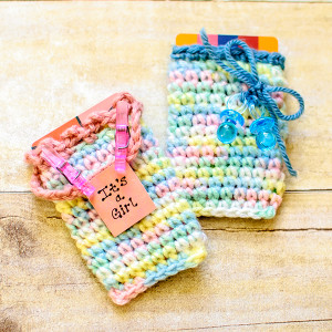 crochet-gift-card-holders-for-baby-gift-2-of-2