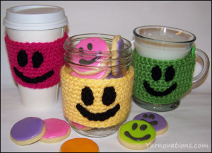 smiley-face-sugar-cookie-recipe-and-crochet-smile-cozy