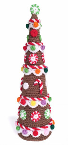 CCD131209_Gingerbread_Christmas_Tree_01_1324