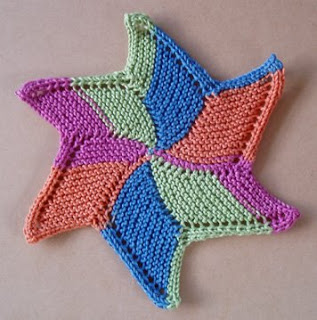 Knitted Dishcloth Pattern With Star : Knit the Moon and the Stars   free patterns   Grandmothers Pattern Book