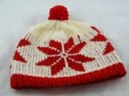 Poinsettia Bobble hat TN