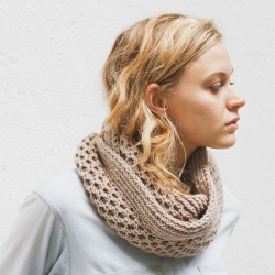 Free Modern Knitting Stitches : More Cowls and Infinity Scarves to Knit   free patterns   Grandmothers P...