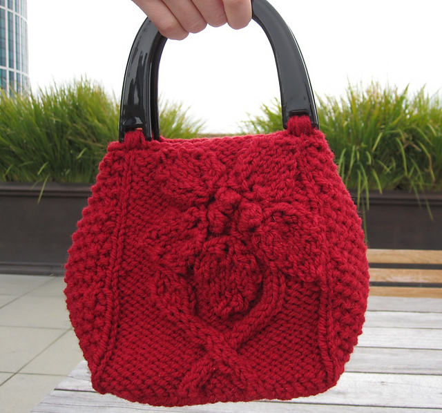 Knit Tote Bag Pattern Free : Flower Purses, Bags and Totes to Knit for Spring   free ...