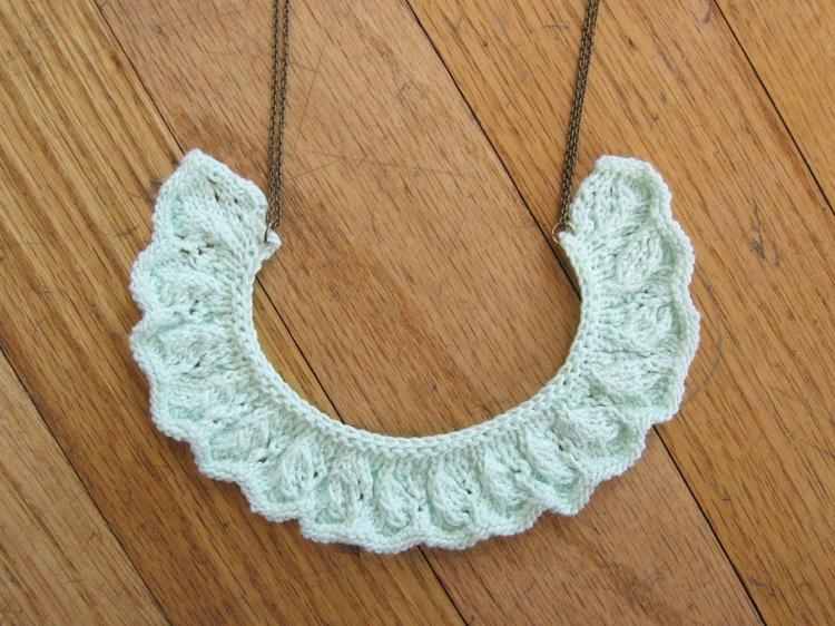 Even More Jewelry to Knit   free patterns   Grandmothers Pattern Book