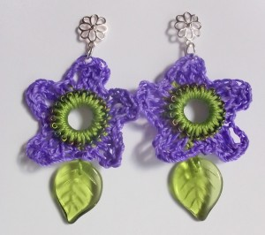 spring flower crocheted earrings finished 1