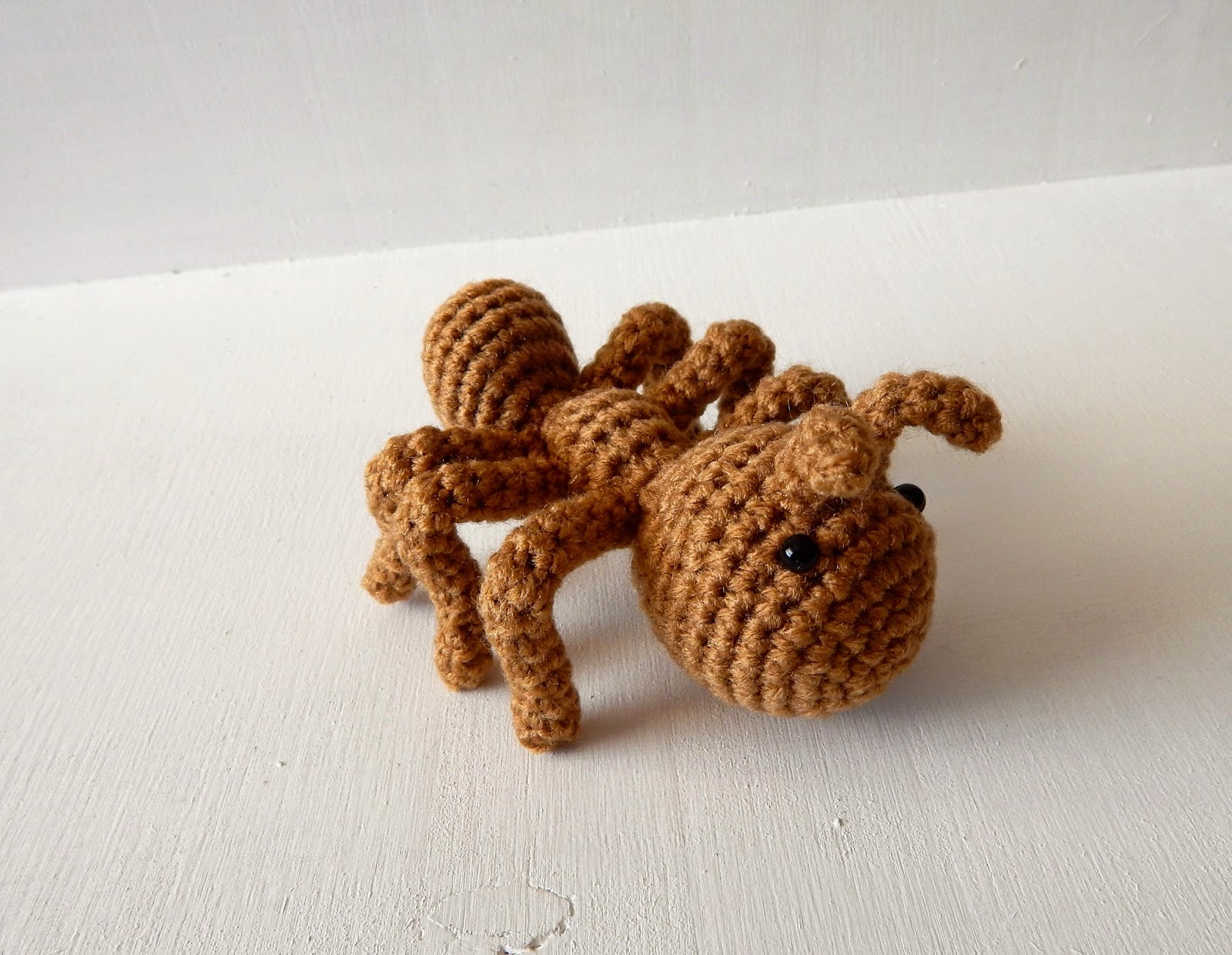 Bugs to Crochet – free patterns – Grandmother's Pattern Book