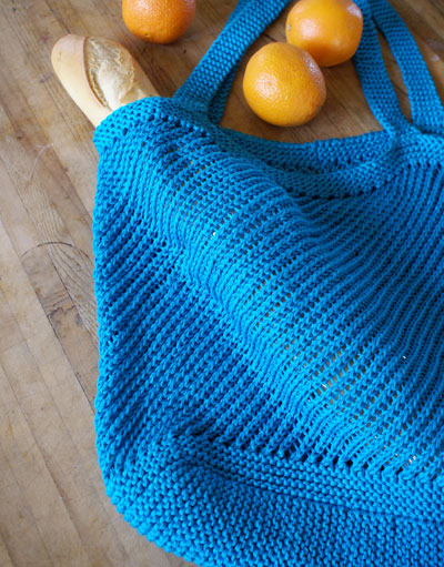 Knitted Tote Bag Pattern : Knit Beach Bags   free patterns   Grandmothers Pattern Book