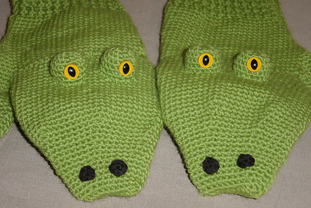 More Dinosaurs to Crochet   free patterns   Grandmothers Pattern Book