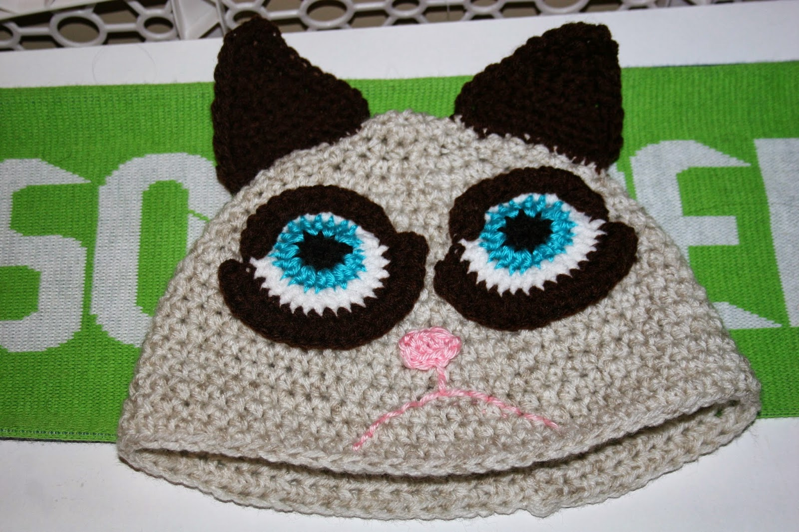 Cat Hats for People! free patterns to crochet ...