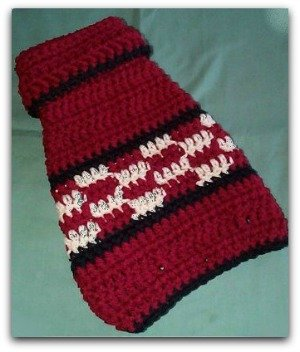 Free Crochet Patterns For Very Small Dogs : Crochet a Christmas Sweater, Hat, Collar or Scarf for Your ...
