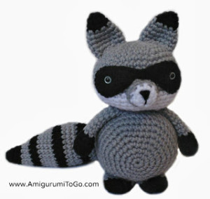 amigurumi_raccoon