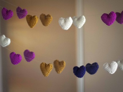 Plush Heart Knitting Pattern : Knit Garlands and Banners for All Occasions   free ...