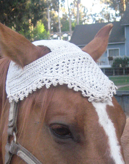 Free Crochet Pattern For Horse Hat : Knit or Crochet Sweaters and Hats for Other Pets ? free ...