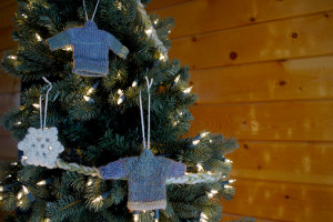 sweater_ornament2
