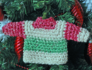 sweaterornament2
