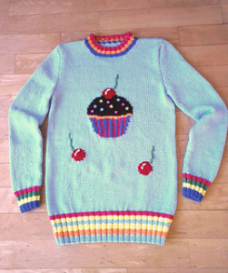 cupcake-sweater-front02_small2