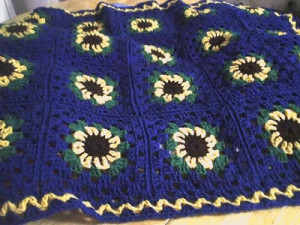 sunflower lapghan