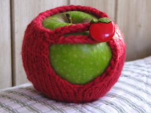Apple+Cozy1