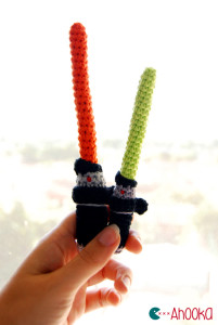 lightsaber-amigurumi-pattern-2-by-ahooka