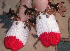 Cozy-Rudolph-Slippers