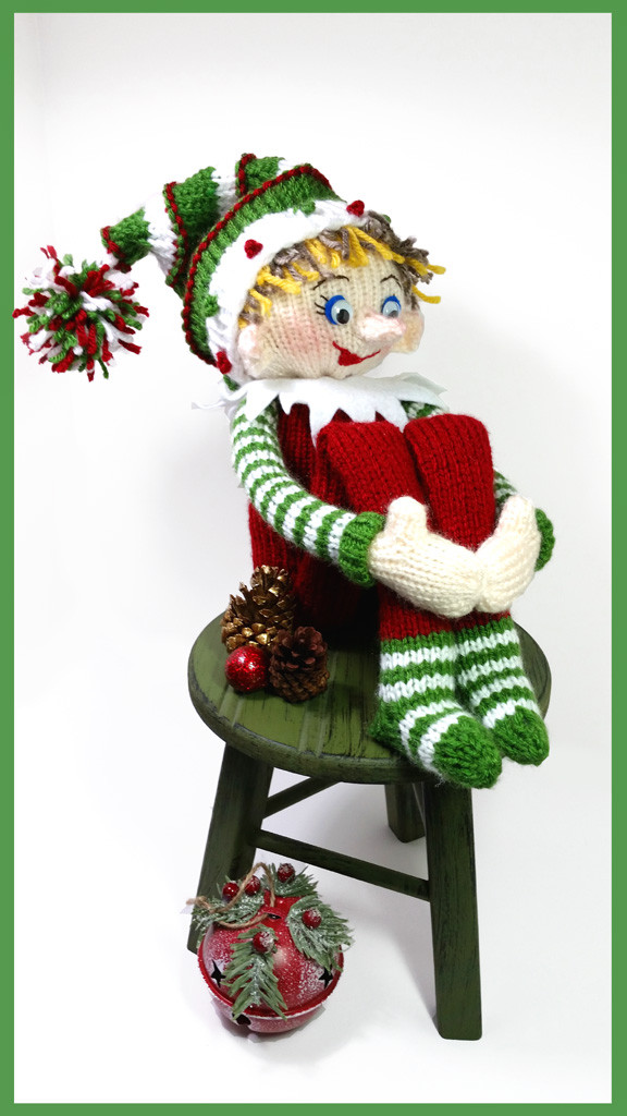 Knitted Elf Pattern : Knit an Elf   10 free patterns   Grandmothers Pattern Book
