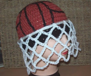 Crochet for Sports Fans – 17 free patterns
