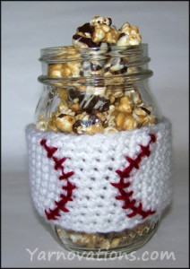 crochet-baseball-cozy