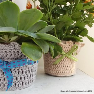 custom made crochet plant pot cosy 12