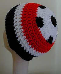 double_crochet_sports_hat_soccer
