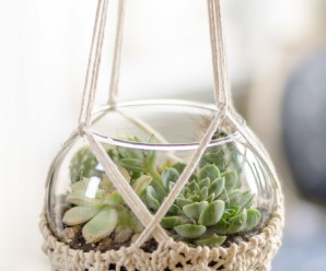 Knit a Slipcover for Your Potted Plants – 12 free patterns