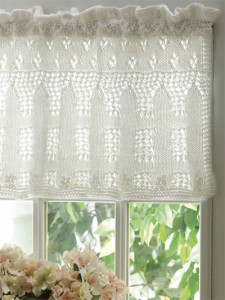 Free Knitting Patterns For Lace Curtains : Knit Curtains and Valances for Your Windows   a dozen free patterns   Grandmo...