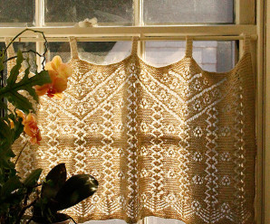 Knit Curtains and Valances for Your Windows – a dozen free patterns