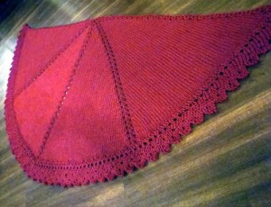 halfcircleshawl_red