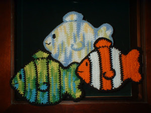 Crochet Clown Fish And Blue Tang Nemo And Dory 15 Free Patterns
