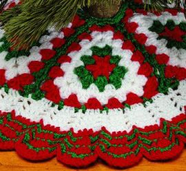 Crochet Christmas Tree Skirts – 33 free patterns