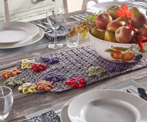 Place Mats and Table Runners to Crochet for Fall – 20 free patterns