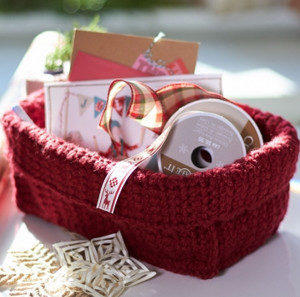 Simple-Stash-Basket_Medium_ID-747556