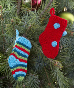 More Christmas Knitting From Red Heart Yarn 23 Free